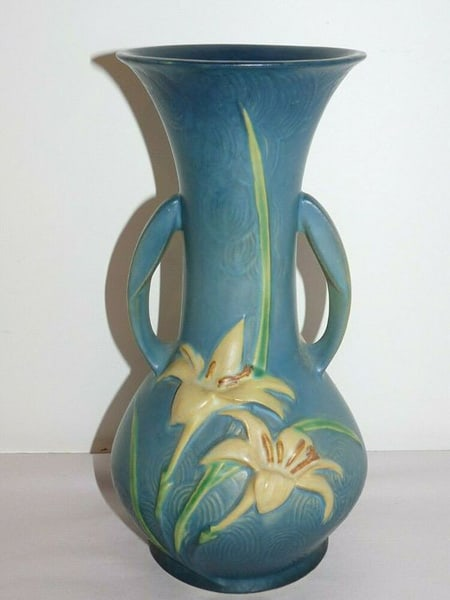 Vintage 10.5 Roseville Pottery Zephyr Lilly Vase 137-10 EXCELLENT ArtDeco